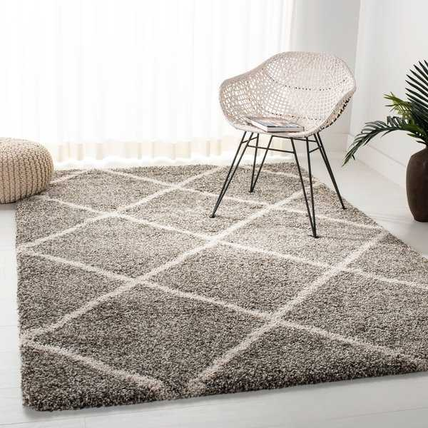 Safavieh Diamond Shag Grey/ Ivory Rug - 5'1 x 7'6 - 5'1' x 7'6'
